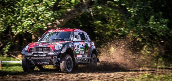 Cea mai dificila provocare din motorsport a inceput // Orlando Terranova este lider dupa prima zi a Raliului Dakar 2015 // Doua MINI ALL4 Racing intre primele cinci