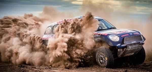 Orlando Terranova obtine o noua victorie de etapa in Raliul Dakar 2015 si urca pe locul al treilea la general // MINI isi apara pozitia de lider al competitiei
