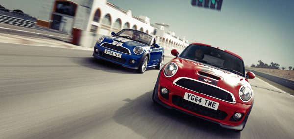 MINI Coupe si MINI Roadster: doi sportivi intra in linie dreapta