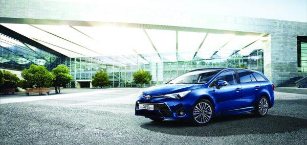 Toyota lanseaza Noul Avensis in Romania