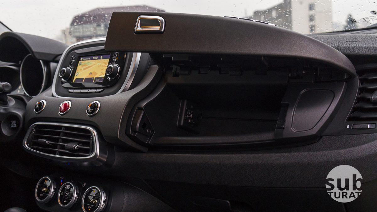 Fiat 500X Interior - Glovebox