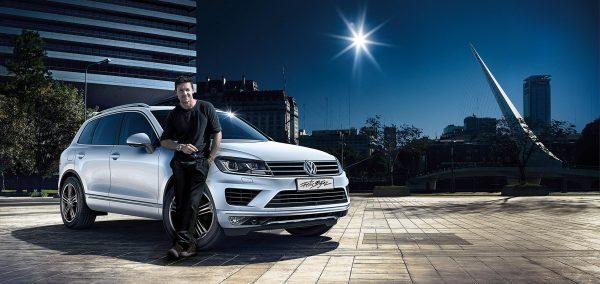 Felix Baumgartner va urmari alergatorii din Romania